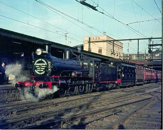 Last train to Warburton - Aug 1, 1965 - leaving Flinders Street Station