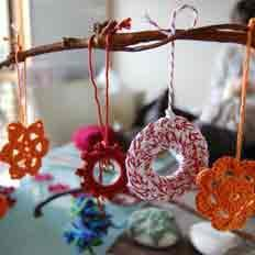 COMPLETED: October 2 - 3, 2012 - 1.30pm Crochet with Le Simmons